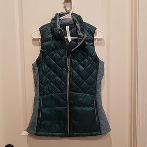 Lululemon Down for a Run Puff Teal Vest